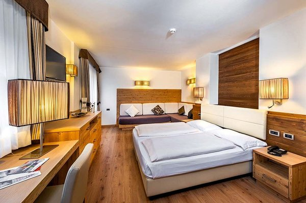 kamer-smart-sporting-hotel-ravelli-mezzana-skirama-dolomiti-wintersport-italie-interlodge.jpg