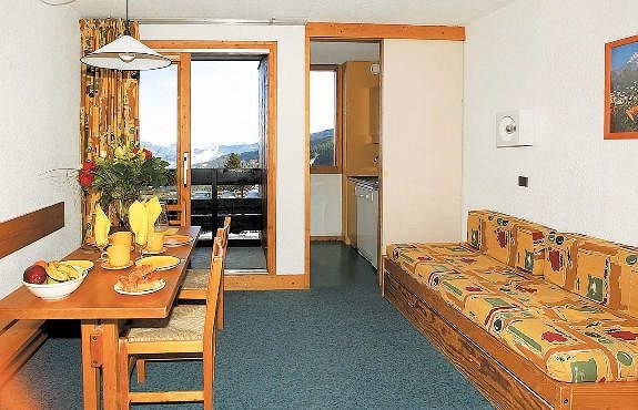 residence-sunotel-kamer-les-carroz-wintersport-frankrijk-ski-snowboard-raquettes-schneeschuhlaufen-langlaufen-wandelen-interlodge.jpg