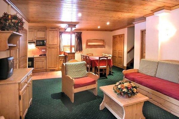 residence-alpina-lodge-interieur-kamer-les-deux-alpes-wintersport-frankrijk-ski-snowboard-raquettes-schneeschuhlaufen-langlaufen-wandelen-interlodge.jpg