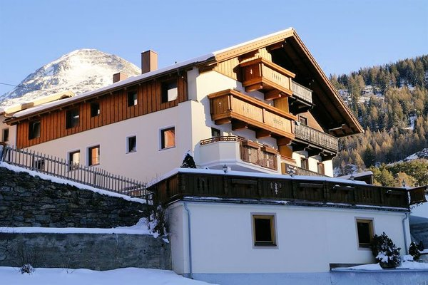 pension-bergsee-solden-otztal-wintersport-oostenrijk-interlodge