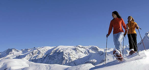raquettes-alpe-d-huez-grandes-rousses-wintersport-frankrijk-ski-snowboard-raquettes-langlaufen-wandelen-interlodge.jpg
