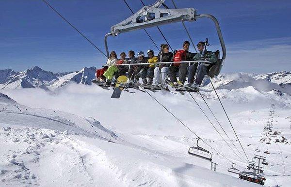 lift-les-deux-alpes-frankrijk-wintersport-ski-snowboard-raquette-schneeschuhlaufen-langlaufen-wandelen-interlodge.jpg