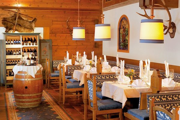 restaurant-hotel-panther-saalbach-skicircus-wintersport-oostenrijk-interlodge.jpg