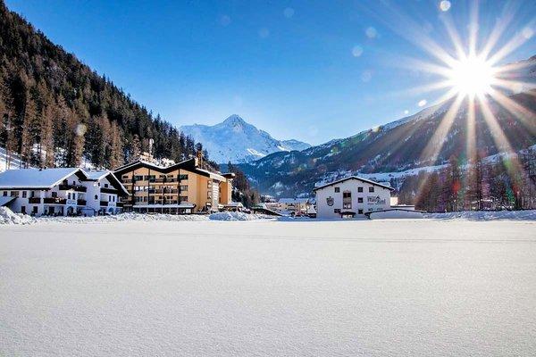 solden-hotel-sunny-otztal-wintersport-oostenrijk-interlodge