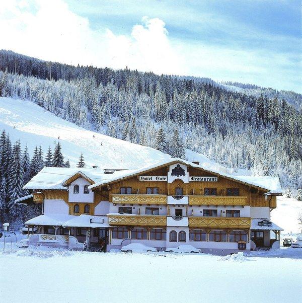 alpenblick-salzburger-sportwelt-amade-wintersport-oostenrijk-ski-snowboard-raquettes-schneeschuhlaufen-langlaufen-wandelen-interlodge.jpg