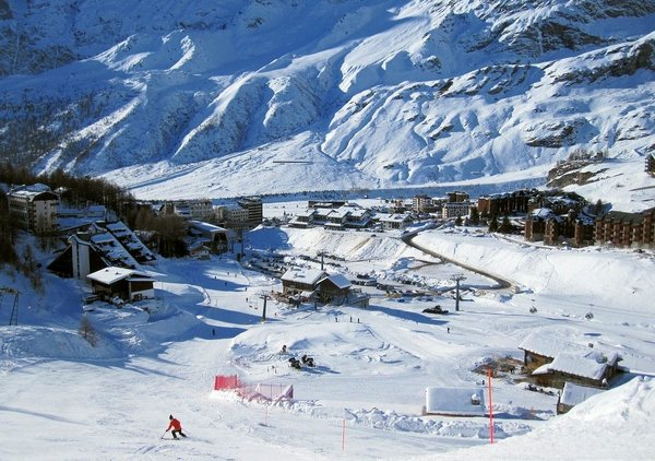 matterhorn-ski-paradise-breuil-cervinia-italie-wintersport-ski-snowboard-raquettes-schneeschuhlaufen-langlaufen-wandelen-interldoge.jpg