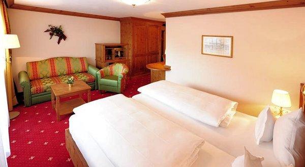 slaapkamer-hotel-maximilian-serfaus-wintersport-interlodge.jpg