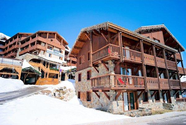 buitenzijde-residence-village-montana-barillon-tignes-le-lac-espace-killy-frankrijk-wintersport-ski-snowboard-raquettes-schneeschuhlaufen-langlaufen-wandelen-interlodge.jpg