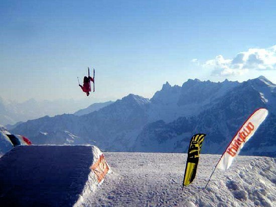 matterhorn-ski-paradise-breuil-cervinia-italie-wintersport-ski-snowboard-raquette-schneeschuhlaufen-langlaufen-wandelen-interlodge.jpg