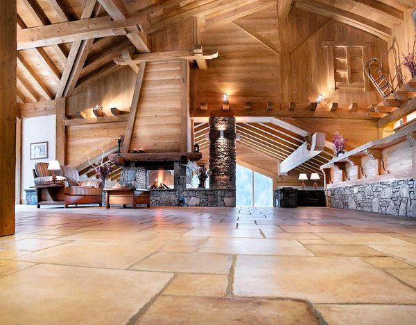receptie-residence-les-alpages-de-champagny-paradiski-wintersport-frankrijk-ski-snowboard-langlauf-wandelen-interlodge.jpg