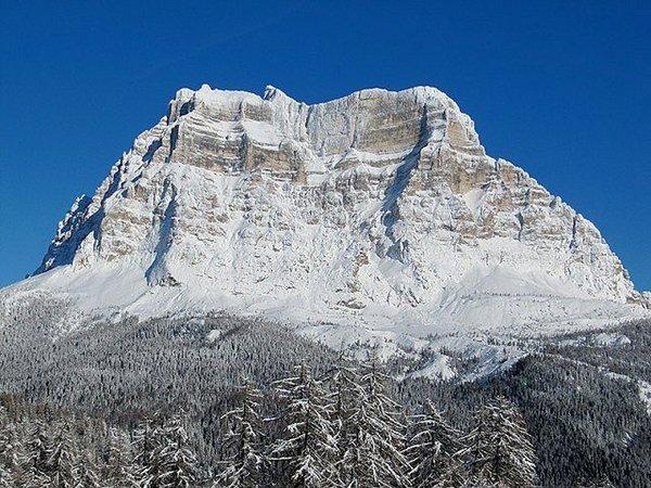 superdolomiti-zoldo-civetta-wintersport-italie-ski-snowboard-raquettes-schneeschuhlaufen-langlaufen-wandelen-interlodge.jpg