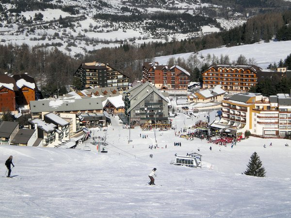 piste-in-la-joue-du-loup-wintersport-frankrijk-ski-snowboard-raquettes-schneeschuhlaufen-langlaufen-wandelen-interlodge.jpg