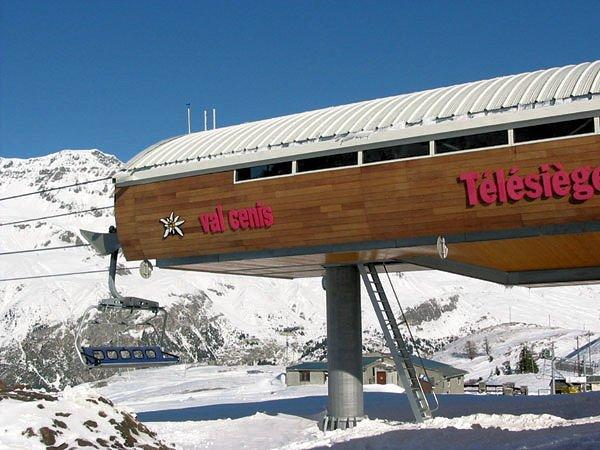 stoeltjeslift-val-cenis-frankrijk-wintersport-ski-snowboard-raquette-schneeschuhlaufen-langlaufen-wandelen-interlodge.jpg