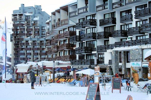 centrum-tignes-val-claret-espace-killy-frankrijk-wintersport-ski-snowboard-raquettes-schneeschuhlaufen-langlaufen-wandelen-interlodge.jpg