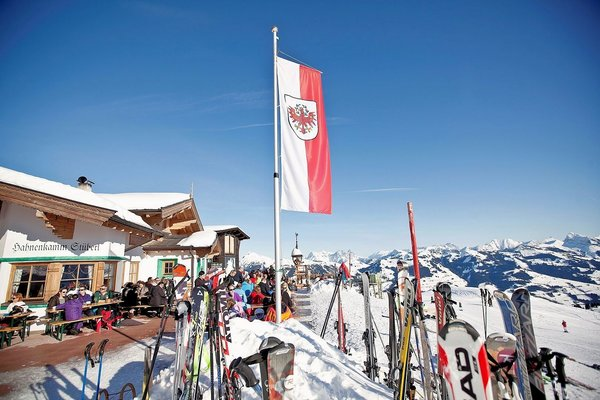 kitzbuhel-apres-ski-wintersport-oostenrijk-interlodge