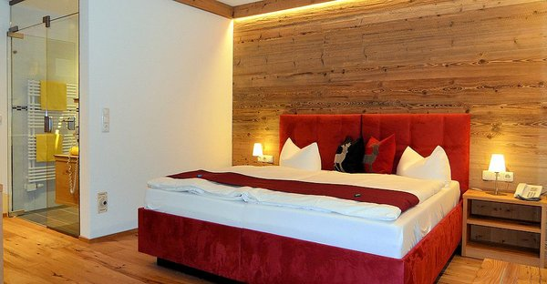 slaapkamer-hotel-sonnalp-kirchberg-wintersport-oostenrijk-interlodge