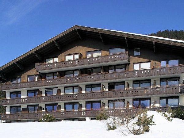 buitenkant-haus-kreidl-konigsleiten-zillertal-arena-wintersport-vakantie-oostenrijk-interlodge.jpg