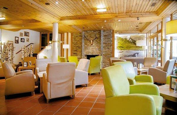 hotel-das-gastein-lounge-bad-hofgastein--ski-amade-wintersport-oostenrijk-interlodge