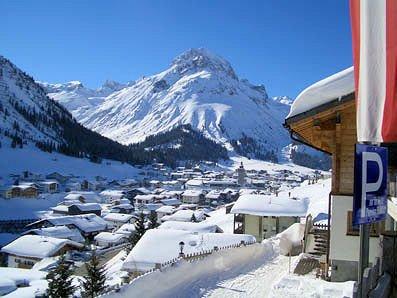 lech-oostenrijk-wintersport-ski-snowboard-raquettes-schneeschuhlaufen-langlaufen-wandelen-interlodge.jpg