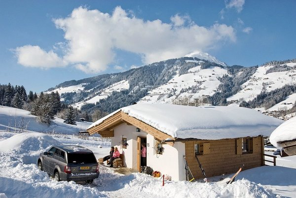 chalets-resort-brixen-skiwelt-wilder-kaiser-wintersport-interlodge.jpg