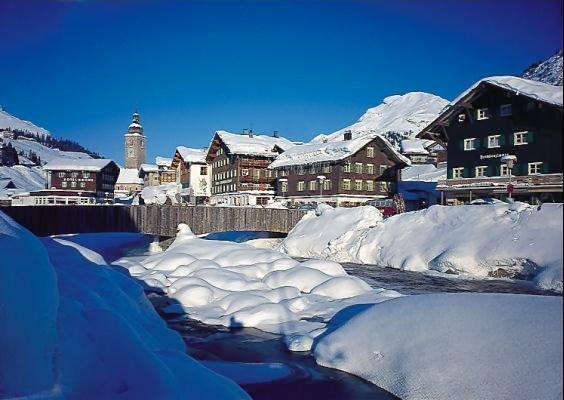 lech-vorarlberg-oostenrijk-wintersport-ski-snowboard-raquettes-schneeschuhlaufen-langlaufen-wandelen-interlodge.jpg