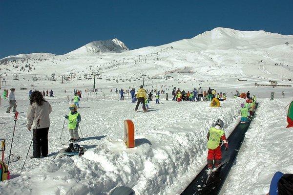 skischool-passo-tonale-skirama-dolomiti-wintersport-italie-interlodge