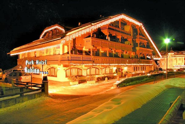 parkhotel-rubino-campitello-dolomiti-wintersport-italie-interlodge.jpg