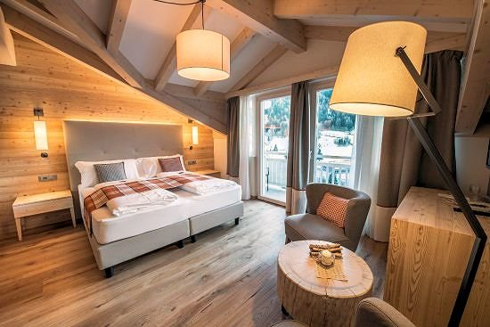 relax-room-hotel-monteginer-mezzana-skirama-dolomiti-wintersport-italie-interlodge