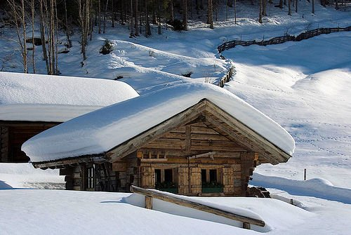 oostenrijk-chalet-wintersport-vakantie-ski-snowboard-raquete-schneeschuhlaufen-langlaufen-wandelen-interlodge.jpg
