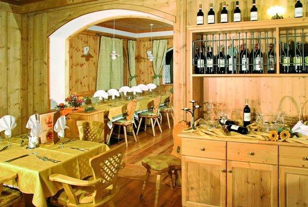 restaurant-gran-chalet-soreghes-campitello-dolomiti-wintersport-italie-interlodge.jpg