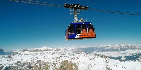 punta-rocca-marmolada-cabine-dolomiti-super-ski-wintersport-italie-ski-snowboard-raquettes-schneeschuhlaufen-langlaufen-wandelen-interlodge.jpg