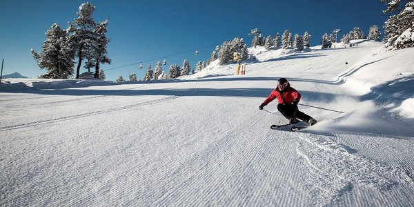 hoch-zillertal-skier-wintersport-oostenrijk-interlodge