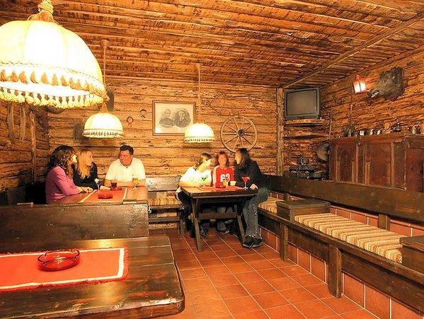 hotel-portavescovo-bar-arabba-dolomiti-superski-wintersport-italie-ski-snowboard-raquettes-schneeschuhlaufen-langlaufen-wandelen-interlodge.jpg