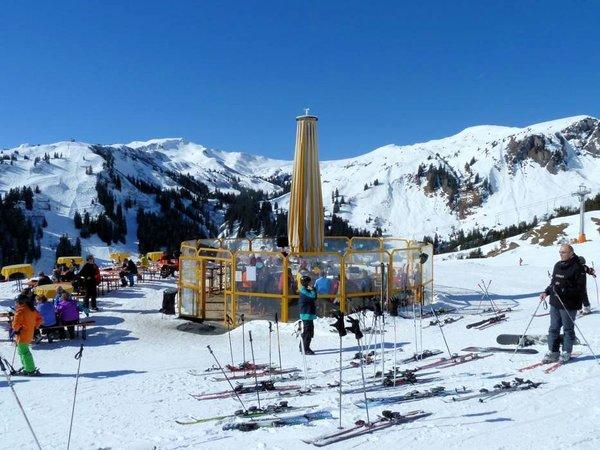 apres-ski-damuls-wintersport-oostenrijk-interlodge