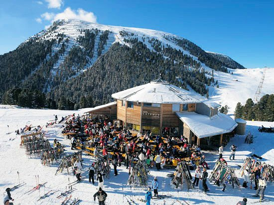 ziano-val-di-fiemme-ski-wintersport-italie-ski-snowboard-raquettes-langlaufen-wandelen-interlodge.jpg
