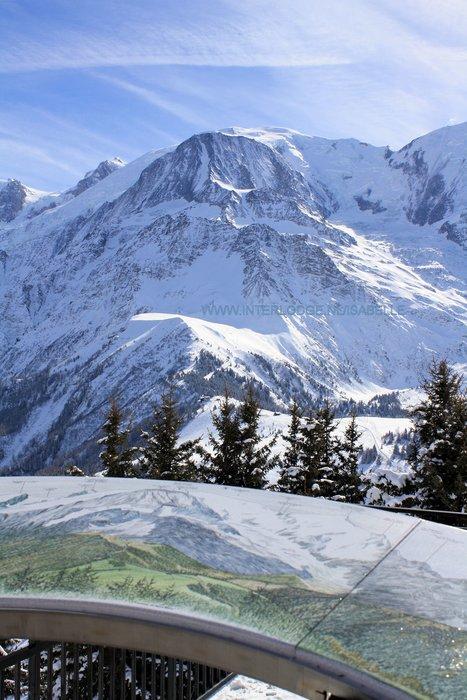 bord-panorama-mont-blanc-les-houches-frankrijk-wintersport-ski-snowboard-raquette-schneeschuhlaufen-langlaufen-wandelen-interlodge.jpg