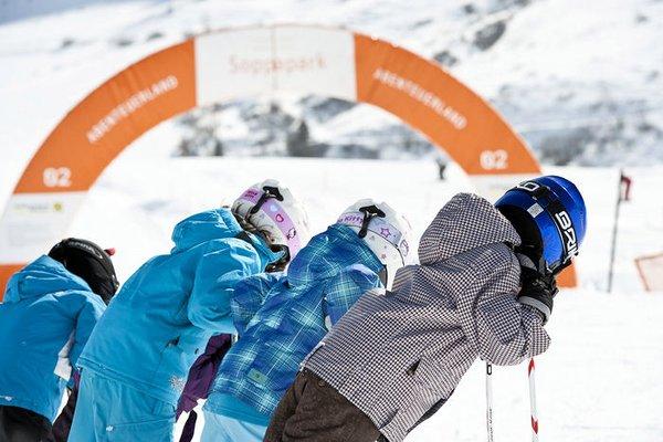 silvapark-ski-galtur-oostenrijk-wintersport-ski-snowboard-raquette-schneeschuhlaufen-langlaufen-wandelen-interlodge.jpg
