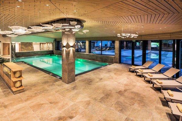 hotel-tyrol-zwembad-soll-skiwelt-wilder-kaiser-wintersport-oostenrijk-interlodge