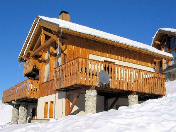 buitenkant-chalet-de-bellecote-vallandry-paradiski-interlodge.jpg