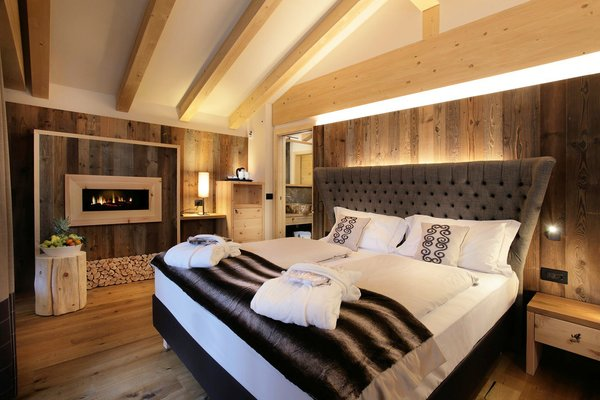 palace-hotel-ravelli-chalet-spa-mezzana-skirama-dolomiti-wintersport-italie-interlodge.jpg