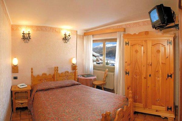 hotel-banchetta-kamer-sestriere-borgata-via-lattea-wintersport-italie-ski-snowboard-raquetes-schneeschuhlaufen-wandelen-langlaufen-interlodge.jpg