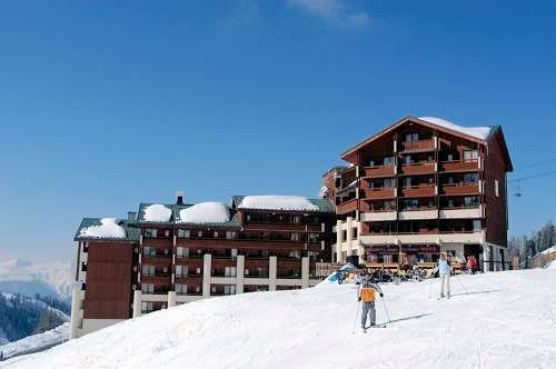 residence-le-cervin-plagne-soleil-paradiski-wintersport-frankrijk-ski-snowboard-raquettes-schneeschuhlaufen-langlaufen-wandelen-interlodge.jpg