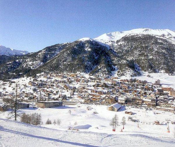 montgenevre-via-lattea-wintersport-frankrijk-ski-snowboard-raquettes-schneeschuhlaufen-langlaufen-wandelen-interlodge.jpg