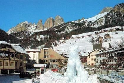 centrum-campitello-fontein-wintersport-italie-interlodge.jpg