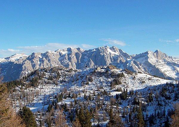 mezzana-marilleva-skirama-dolomiti-italie-wintersport-ski-snowboard-raquettes-schneeschuhlaufen-langlaufen-wandelen-interlodge.jpg