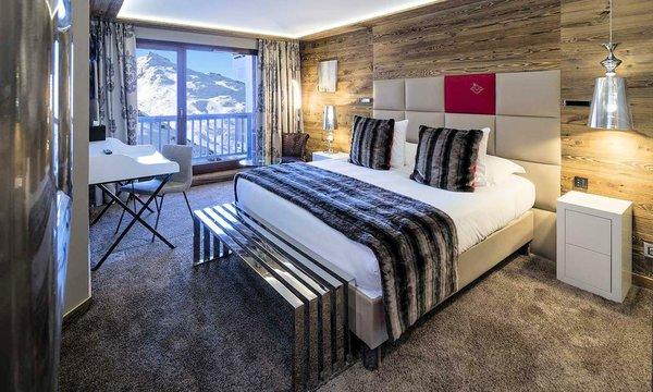 slaapkamer-hotel-koh-i-nor-val-thorens-frankrijk-wintersport-ski-snowboard-langlauf-interlodge.jpg