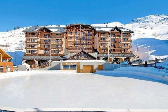 residence-lours-blanc-valmeinier-domaine-galibier-thabor-wintersport-frankrijk-ski-snowboard-raquettes-schneeschuhlaufen-langlaufen-wandelen-interlodge.jpg