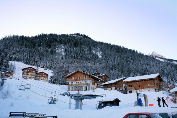 les-chalets-de-la-ramoure-valfrejus-frankrijk-wintersport-ski-snowboard-raquettes-schneeschuhlaufen-langlaufen-wandelen-interlodge.jpg