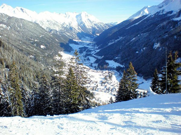 st-anton-am-arlberg-panorama-oostenrijk-wintersport-interlodge.jpg