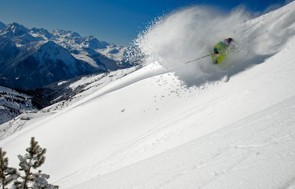 skier-belle-plagne-paradiski-wintersport-frankrijk-ski-snowboard-raquettes-langlaufen-wandelen-interlodge.jpg